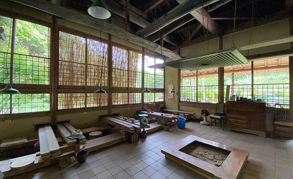 「隆太窯」の陶房➀