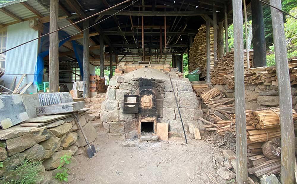 「隆太窯」の陶房②