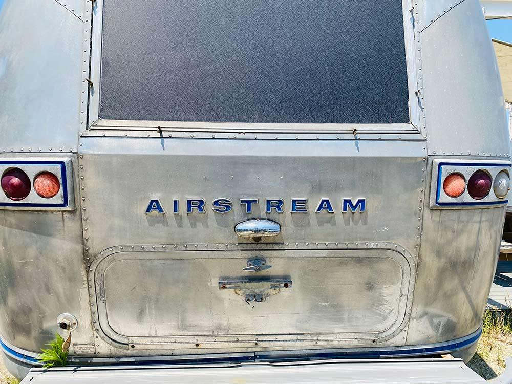 「エアストリーム社」のロゴ